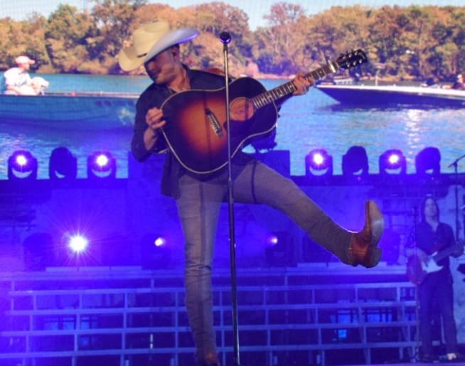 I-105 presents Justin Moore at Santander Arena on November 1