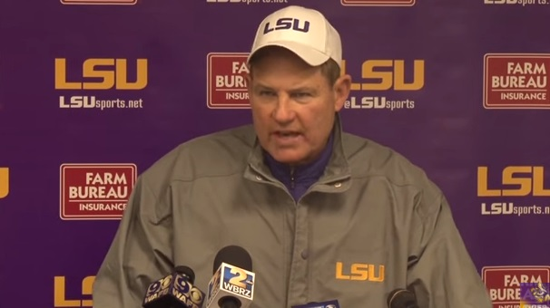 Report: Les Miles Won't Be Tennessee's Coach