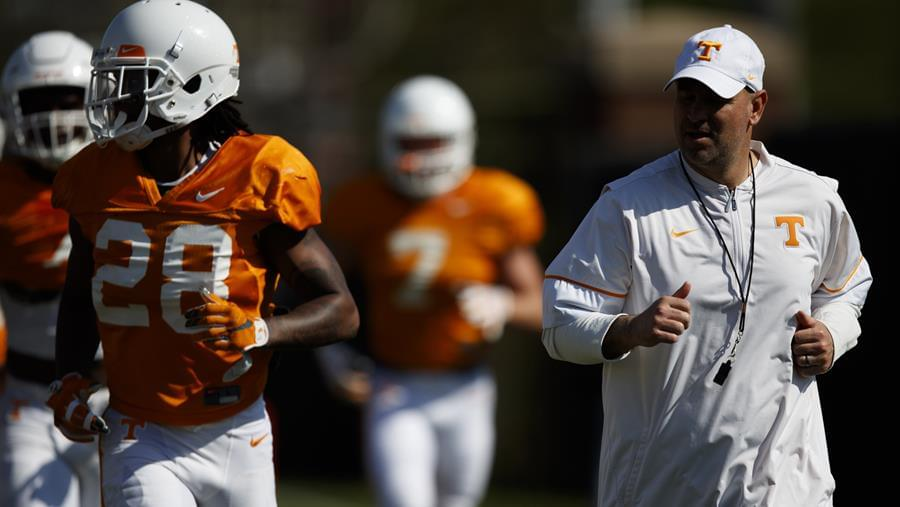 Cain's Corner: Tennessee Football Season Predictions