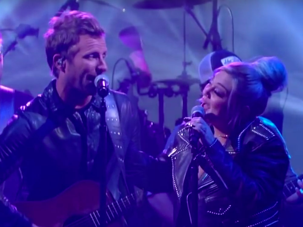 """Watch Dierks Bentley Perform """"Different for Girls"""" With Elle King on """"The Late Show"""""""