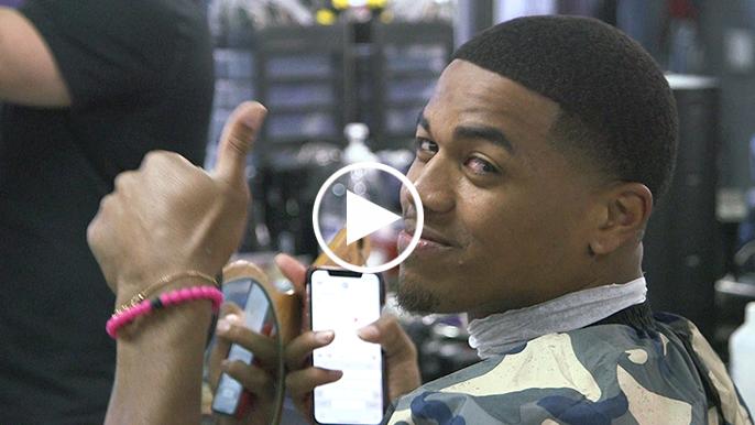 Meet Tavion 'Tee' Maultsby, the 49ers' de facto team barber