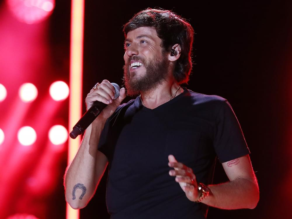 """Chris Janson Shows Off New Album Cover & Performs """"Good Vibes"""" on """"Jimmy Kimmel"""" [Watch]"""