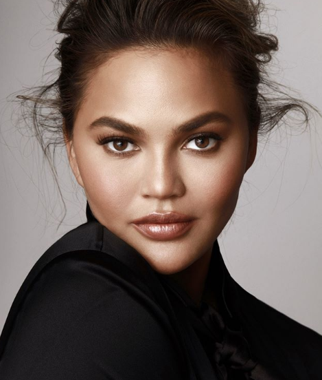 Chrissy Teigen Went Through a Whole Package of Oreos to Figure Out the Mystery Flavor