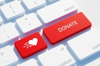 fundraising_socialmedia_sm