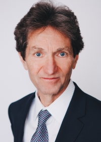 Gavin MacKenzie
