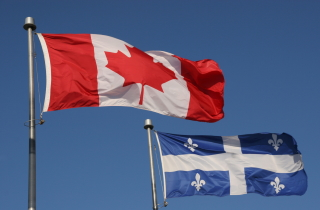 canadianflag_quebecflag_sm