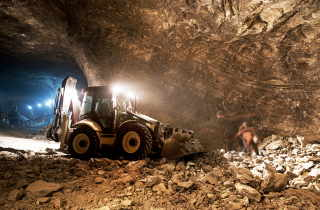 Undergroundmining.jpg