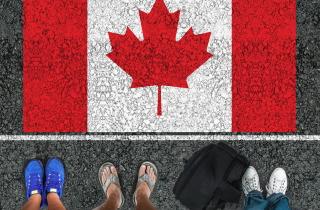 immigrants_canada_sm