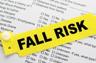 Fall risk bracelet