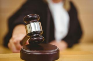 court_decision_sm