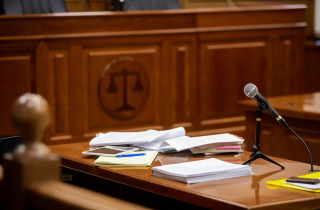 microphone in court