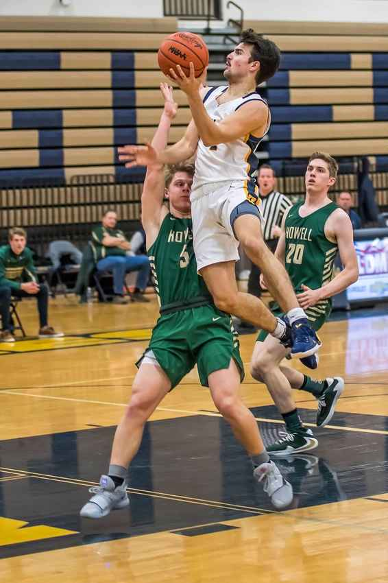 2021 Kyle Hamlin 6'1'' PG Hartland High School