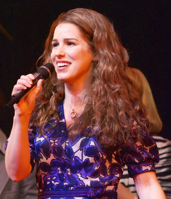 Chilina Kennedy takes her very first bow as Carole King in Broadway's Beautiful — The Carole King Musical.