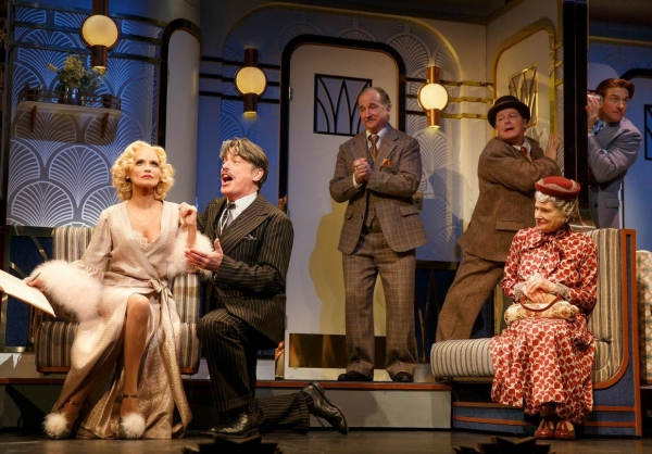 Kristin Chenoweth as Lily Garland, Peter Gallagher as Oscar Jaffee, Mark Linn-Baker as Oliver Webb, Michael McGrath as Owen O'Malley, Mary Louise Wilson as Letitia Peabody, and Andy Karl as Bruce Granit in Scott Ellis' production of On the Twentieth Century at the American Airlines Theatre.