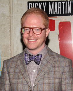 "Jesse Tyler Ferguson's ""Tie The Knot"" has created a special bow tie for the 2015 Tony Awards."