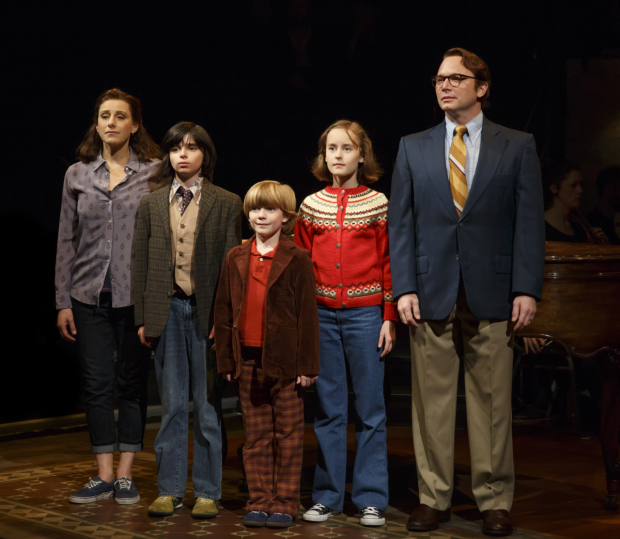 Judy Kuhn, Oscar Williams, Zell Steele Morrow, Sydney Lucas, and Michael Cerveris as the Bechdel family in Fun Home.