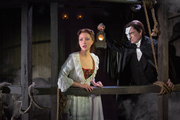 Katie Travis as Christine Daaé and Chris Mann as the Phantom in the national tour of The Phantom of the Opera.