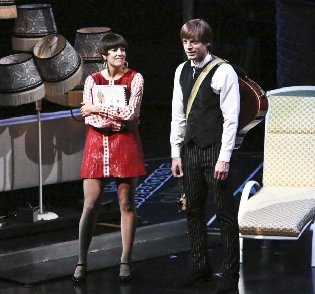 Nicole Parker as Bea and Justin Kirk as Ben in Rolin Jones' These Paper Bullets! at the Geffen Playhouse.