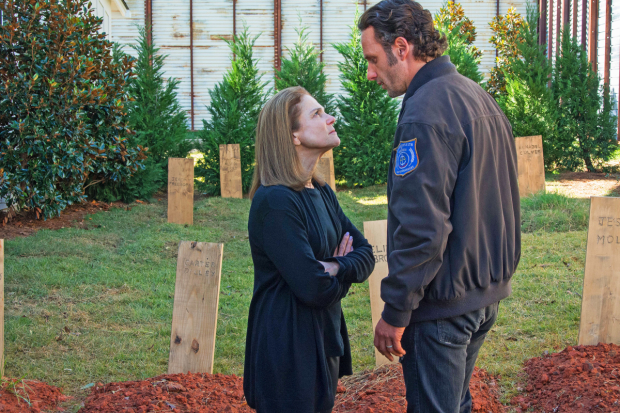 Tovah Feldshuh and Andrew Lincoln in a scene from The Walking Dead.