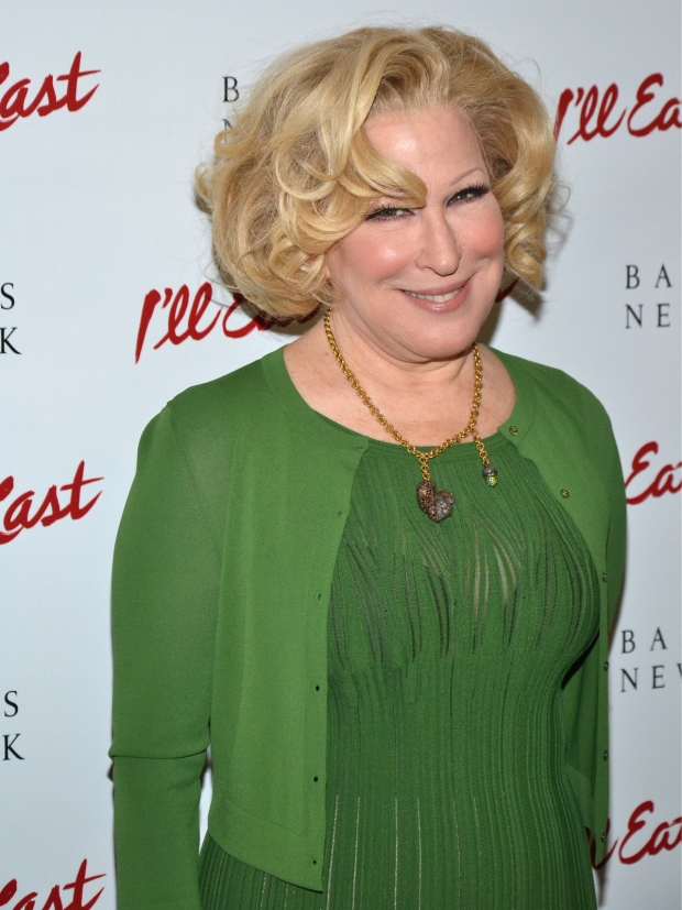 Bette Midler will return to Broadway in a 2017 revival of Hello, Dolly! directed by Jerry Zaks.