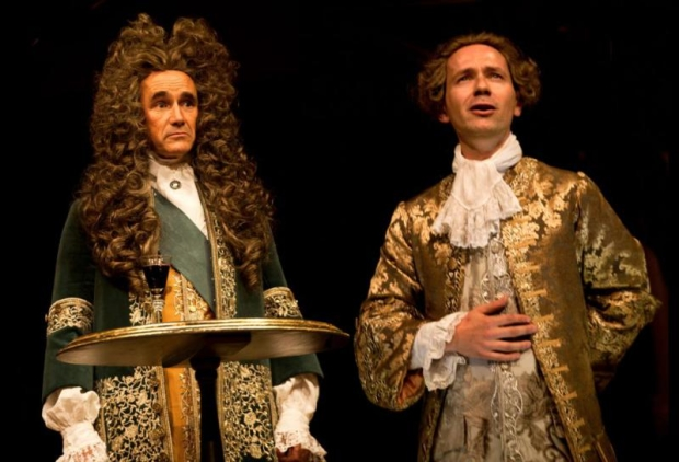 Mark Rylance as Philippe V and Iestyn Davies as Farinelli in the 2015 West End production of Farinelli and the King.