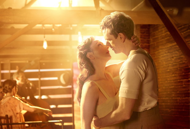 Carmen Cusack plays Alice and Paul Alexander Nolan plays Jimmy Ray in Bright Star.