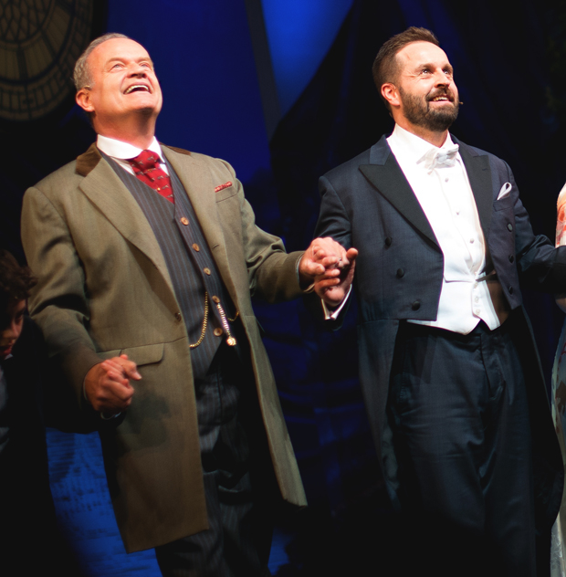 Kelsey Grammer and Alfie Boe take their bow.