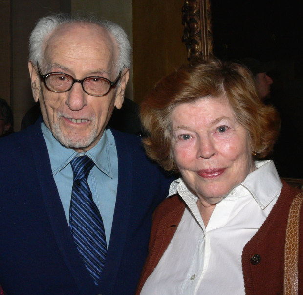 Eli Wallach and Anne Jackson pose for a photo in 2008.