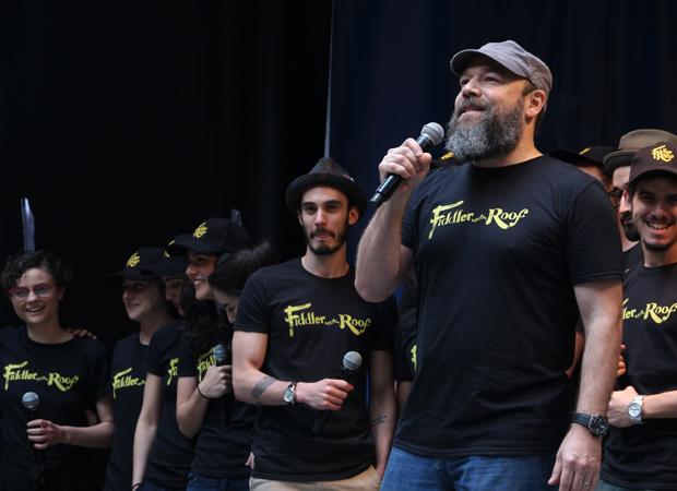 "Danny Burstein and cast members from Fiddler on the Roof sing ""Tradition"" at Stars in the Alley."