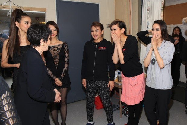 Chita Rivera meets cast members from Takarazuka's Chicago.