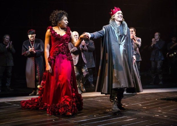 Karen Aldridge (Queen Margaret of Anjou) and Steven Sutcliffe (King Henry VI) in Tug of War: Civil Strife, directed by Barbara Gaines, at Chicago Shakespeare Theater.