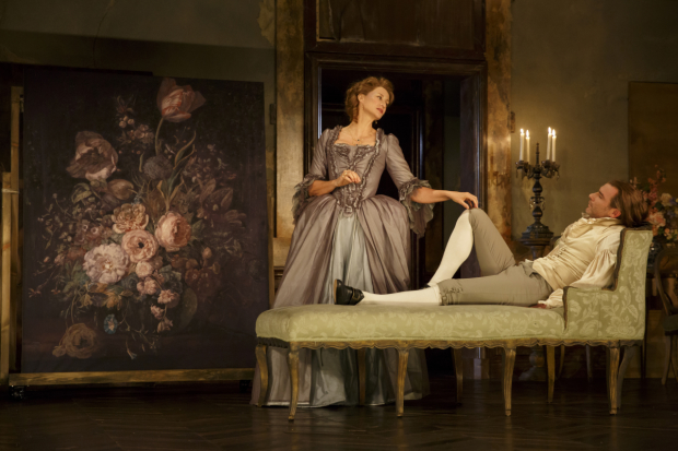 Janet McTeer plays the Marquise de Merteuil and Liev Schreiber plays the Vicomte de Valmont in Les Liaisons Dangereuses.