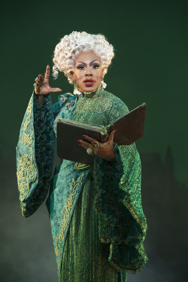 Sheryl Lee Ralph plays her first performance as Madam Morrible November 1.