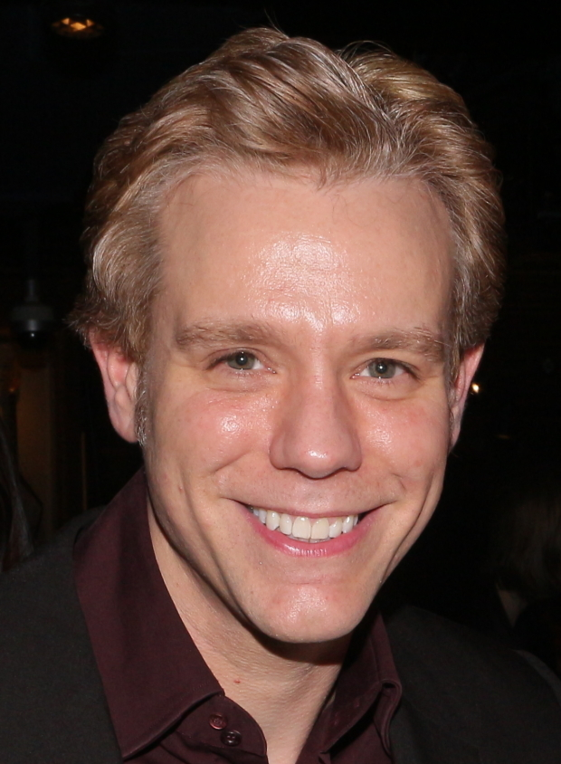 Adam Pascal returns to Broadway as William Shakespeare in Something Rotten!