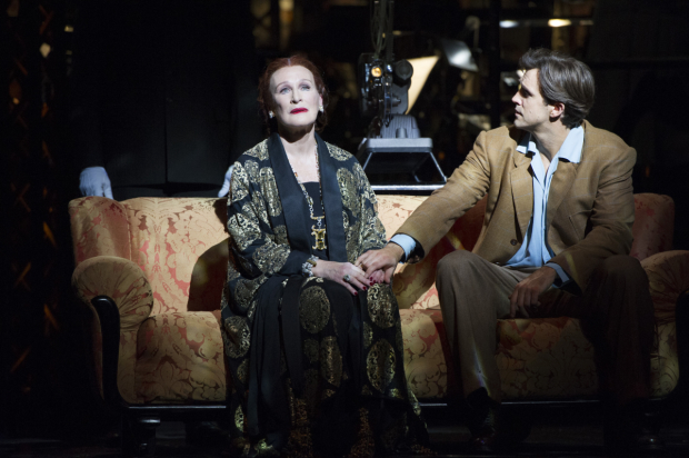 Glenn Close and Michael Xavier will star on Broadway in Sunset Boulevard.