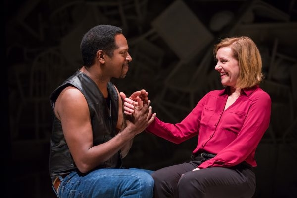 James Vincent Meredith and Mary Beth Fisher star in Roz and Ray, directed by Chay Yew, at Victory Gardens Theater.