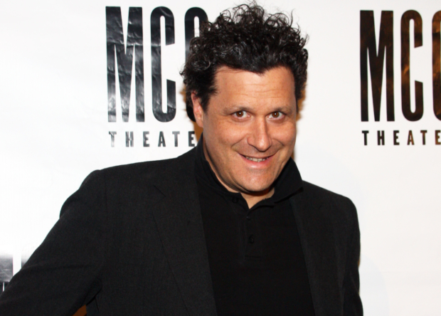 Isaac Mizrahi will make his Café Carlyle debut this winter with Does This Song Make Me Look Fat?