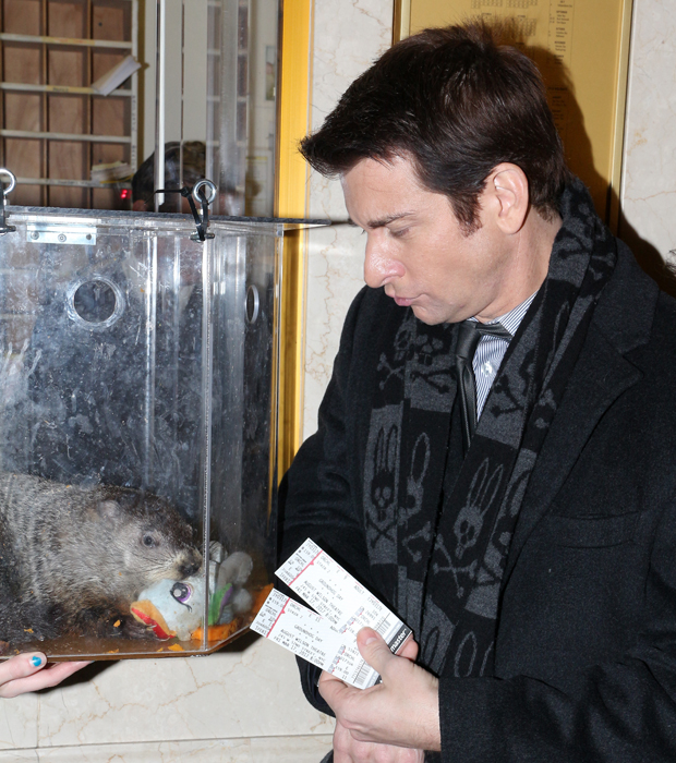 Staten Island Chuck gets his tickets to Groundhog Day from Andy Karl himself.