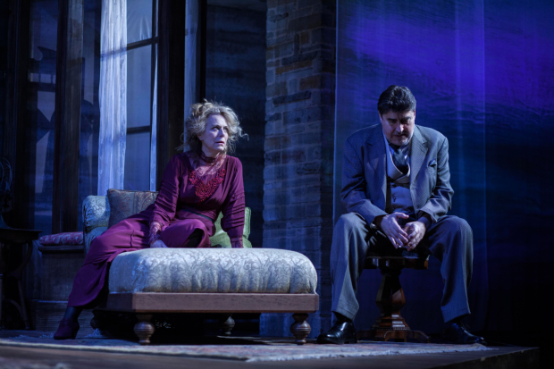 Jane Kaczmarek and Alfred Molina as Mary and James Tyrone in Long Day's Journey Into Night, directed by Jeanie Hackett, at the Geffen Playhouse.