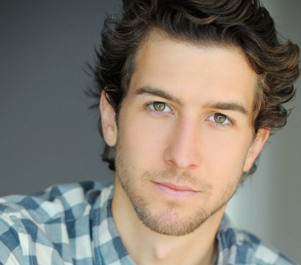 Evan Todd is set to join the cast of Broadway's Beautiful.