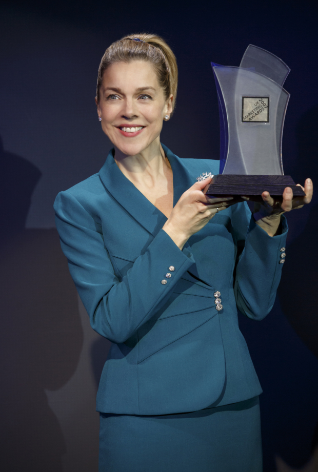 Janie Dee stars in the title role of Penelope Skinner's Linda at New York City Center - Stage I.