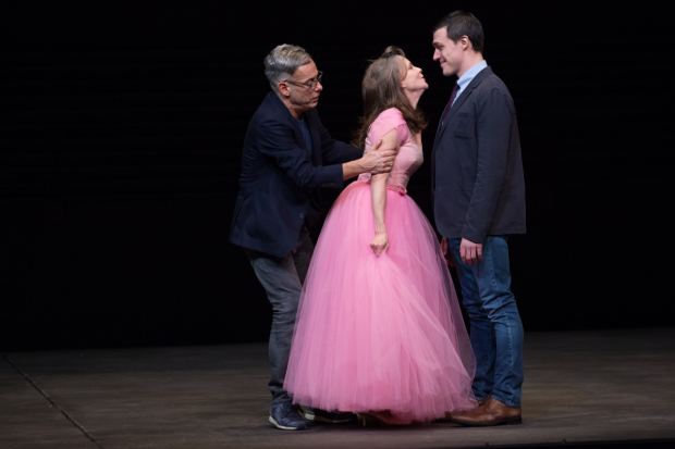 Joe Mantello, Sally Field, and Finn Wittrock star in The Glass Menagerie.