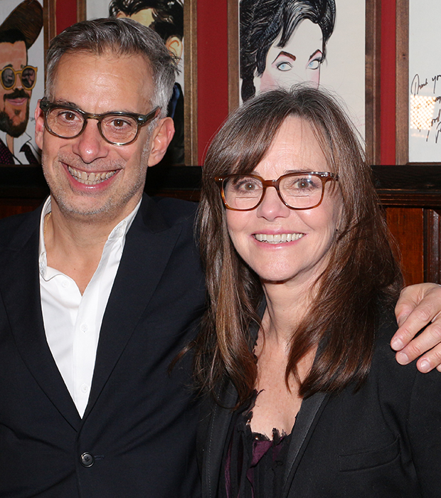 Joe Mantello and Sally Field star in the 2017 Broadway revival of The Glass Menagerie.