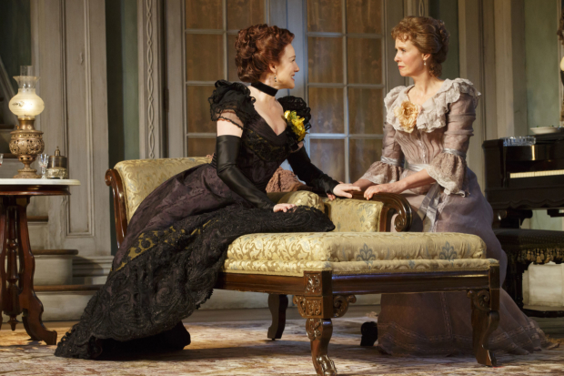 Laura Linney and Cynthia Nixon as Regina and Birdie in The Little Foxes.