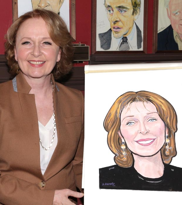 Kate Burton poses with her new Sardi's portrait.