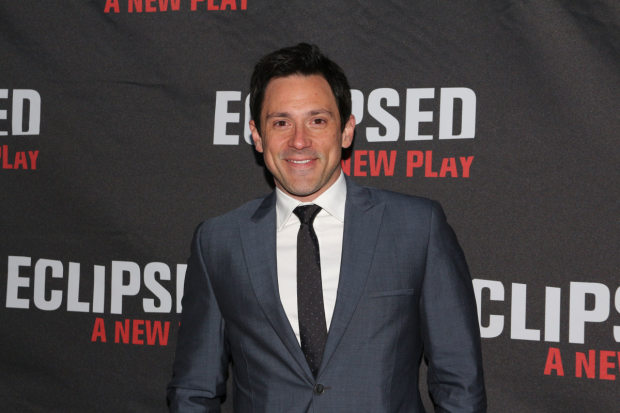 The original Guy in Once, Steve Kazee, will take part in Once Reunion Jam, an event benefiting VH1's Save the Music Foundation.