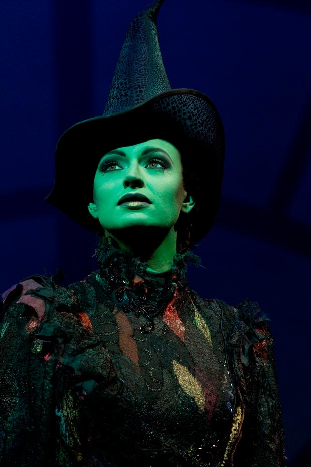 Jackie Burns will perform the role of Elphaba for Wicked's record-breaking 5,759th Broadway performance.