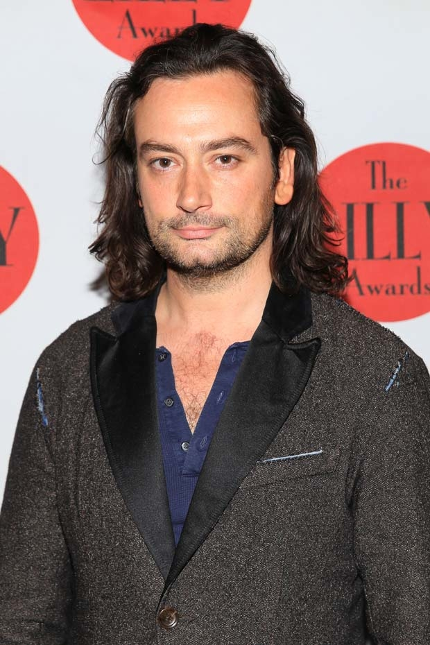 Constantine Maroulis will play Che in North Shore Music Theatre's upcoming production of Evita.