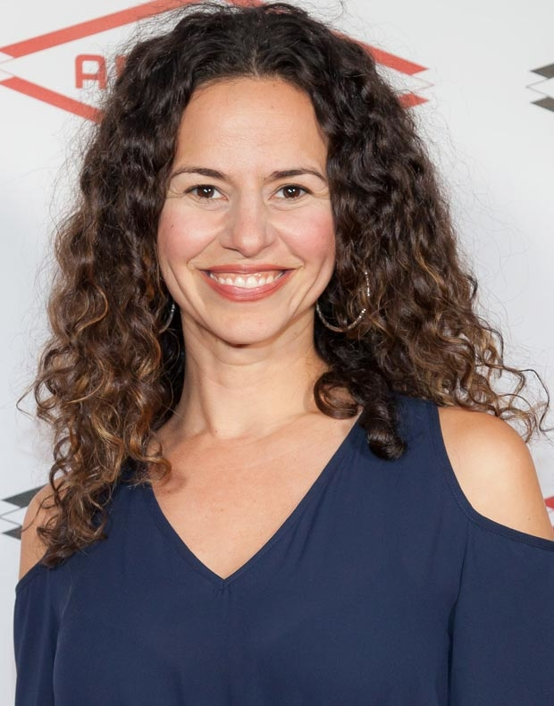 Hamilton star Mandy Gonzalez will reunite with her Lennon castmates for a concert at Feinstein's/54 Below.