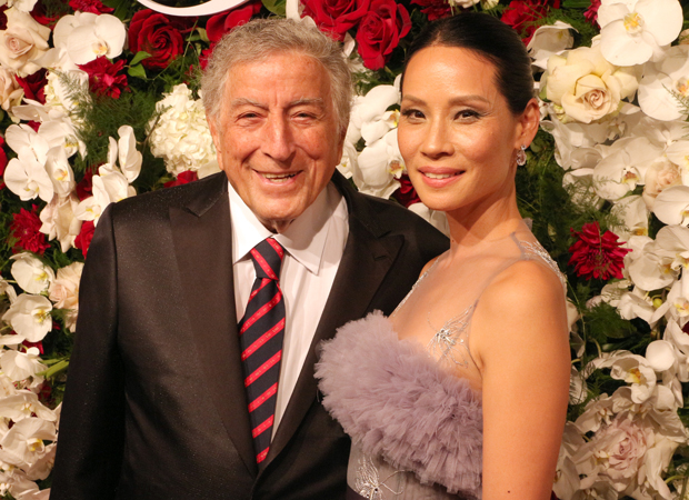 Tony Bennett and Lucy Liu walked the red carpet at the American Theatre Wing's 2017 Centennial Gala